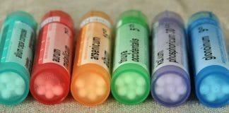 tubes de pilules homéopathiques