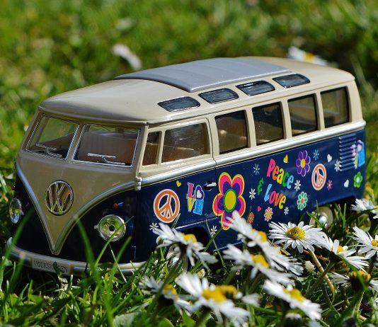 illustration jouet combi volkswagen hippie
