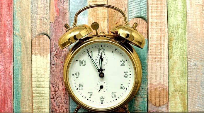illustration vieux réveil changement d heure