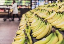 rayon fruits bananes supermarché casino 4 paris